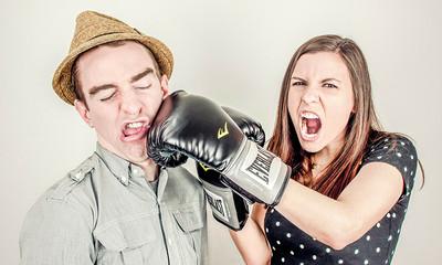 黯淡結束的婚姻關係中 93%在爭吵時會出現「4大致命殺手」