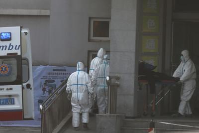 武漢肺炎「決戰點在醫院」! 醫護群聚感染將不再有限度人傳人