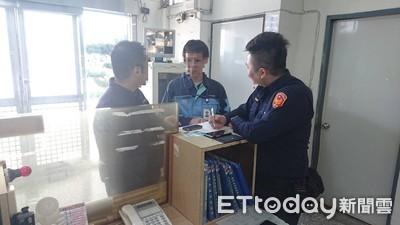 完成國民外交添佳話 安定警助日籍男尋回手機及駕照