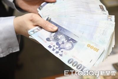 新台幣開盤升值0.4分 以29.605元開出
