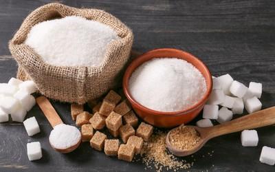 黑糖vs.白糖哪個好?專家公開「營養成分」:對身體來說都差不多