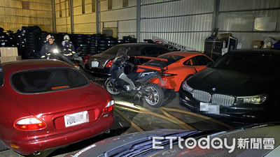 泰山餐廳用品工廠凌晨陷火海 隔壁倉庫內上億名車、重機險陪葬
