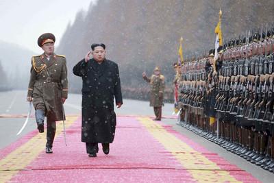 全世界唯一軍階!金正恩親筆簽晉升令 這位大將獲封「次帥」