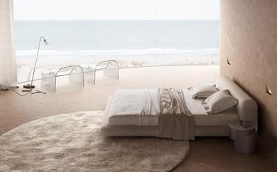 奧德薩海灘飯店重現007風格 膩在風蝕巖穴裡的假期