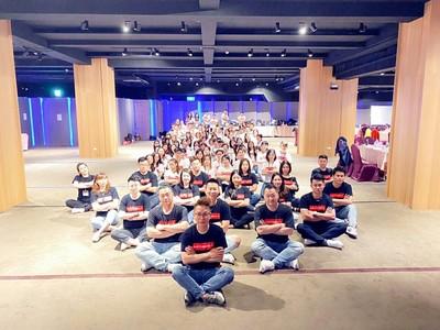 歡慶東森社交電商月營業額破億 自由系統舉辦蛻變成長營