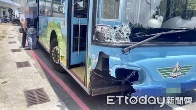 公車撞爛轎車有洋蔥!駕駛肝癌末期 「為了3個孩子」吃藥壓病卻一時恍神