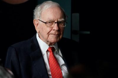 巴菲特擴大天然氣事業布局!投資專家分析:高股息資產「不用特別,只要夠穩健」