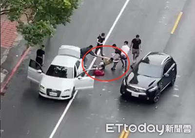 高雄砍情敵女煞與男友遭街頭復仇爆打強擄 警局長劉柏良說話了