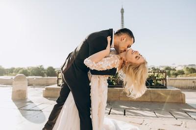 法國人在九百年前發明了愛情!解密法式愛情守則