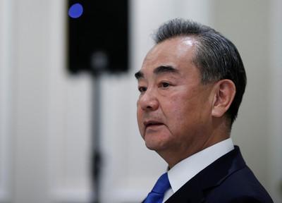 NHK:中國外交部長王毅10月初訪日 首相菅義偉與外交大臣接見