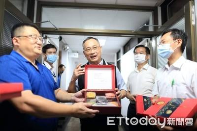 警政署長陳家欽特製「月餅」 5種口味代表「警職生涯」