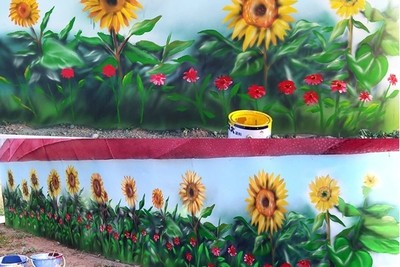 請人油漆「順便幫我畫個花園」!要收費怒了:我只有要你上漆