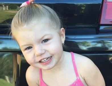 燒爛食道直衝心臟!3歲女童誤食鈕扣電池 嘔吐胸痛倒血泊慘死