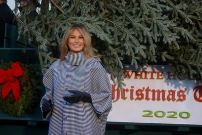白宮疫情期間硬開聖誕趴! 公衛專家批:民間不行你們也不行