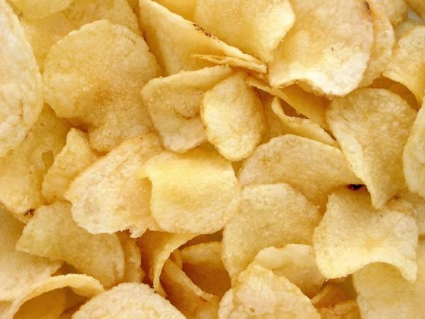 ▲▼零食,洋芋片。(圖/取自Pixabay)