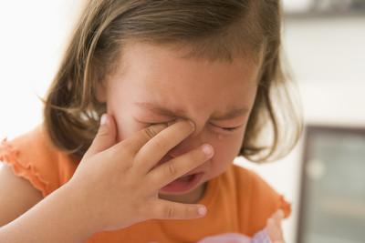 小孩愛哭鬧!醫授「3大絕」制伏失控童...家長不再頭疼了